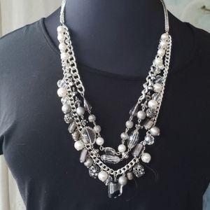 White House Black Market Convertible Necklace